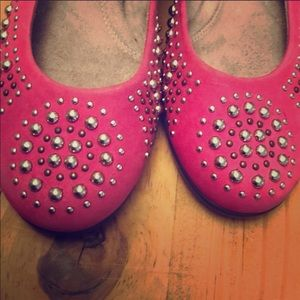 Like New Aerosols Pink Studded Flats Size 7.5